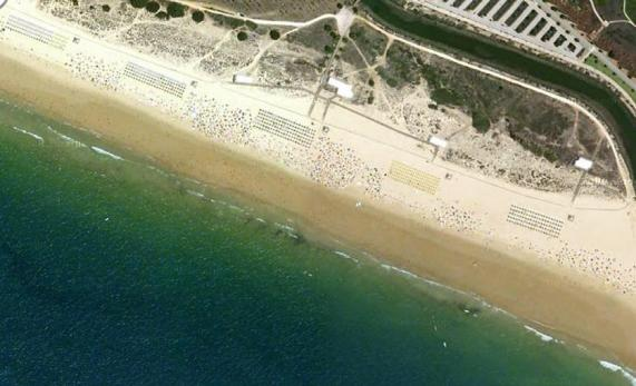 Algarve Rocha Baixinha Beach